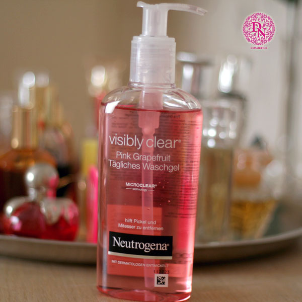 s a r a m t neutrogena visibly clear pink grapefruit tagliches 200ml. Black Bedroom Furniture Sets. Home Design Ideas