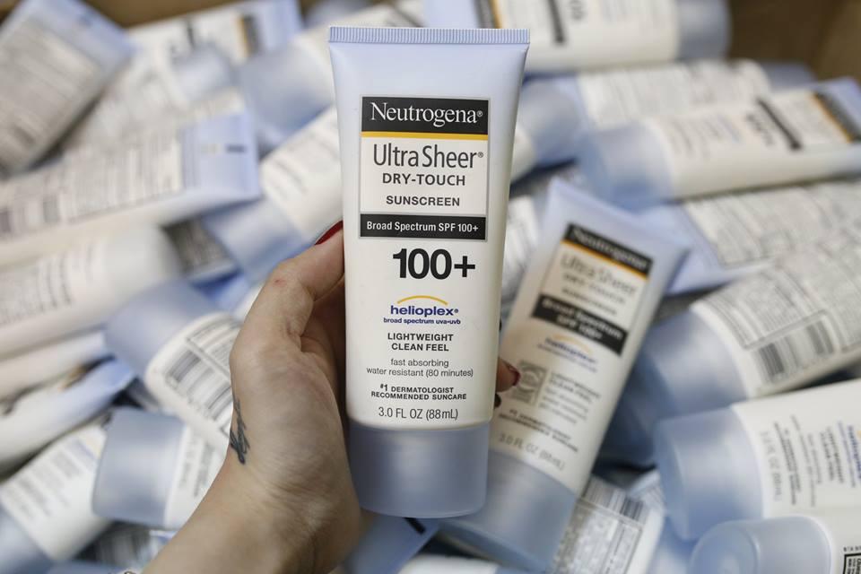 kem-chong-nang-neutrogena-ultra-sheer-dry-touch-spf-100