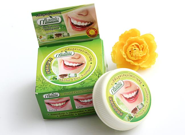 kem-lam-trang-rang-herbal-clove-toothpaste-premium-quality-nhanh-chong-1