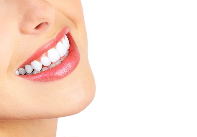 kem-lam-trang-rang-herbal-clove-toothpaste-premium-quality-nhanh-chong-2