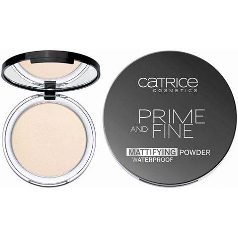 phan-phu-catrice-prime-fine-nap-den-1