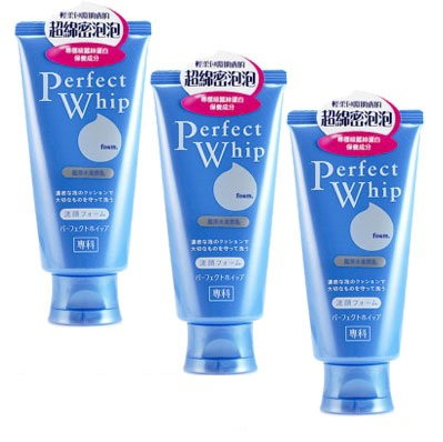 sua-rua-mat-shiseido-perfect-whip-senka