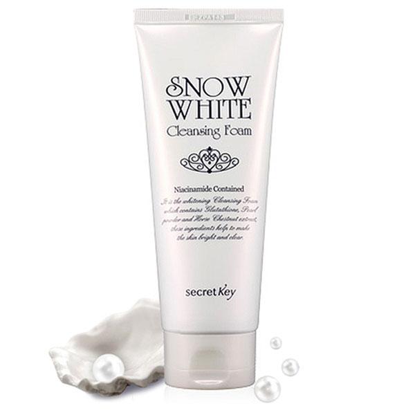 sua-rua-mat-snow-white-cleansing-foam