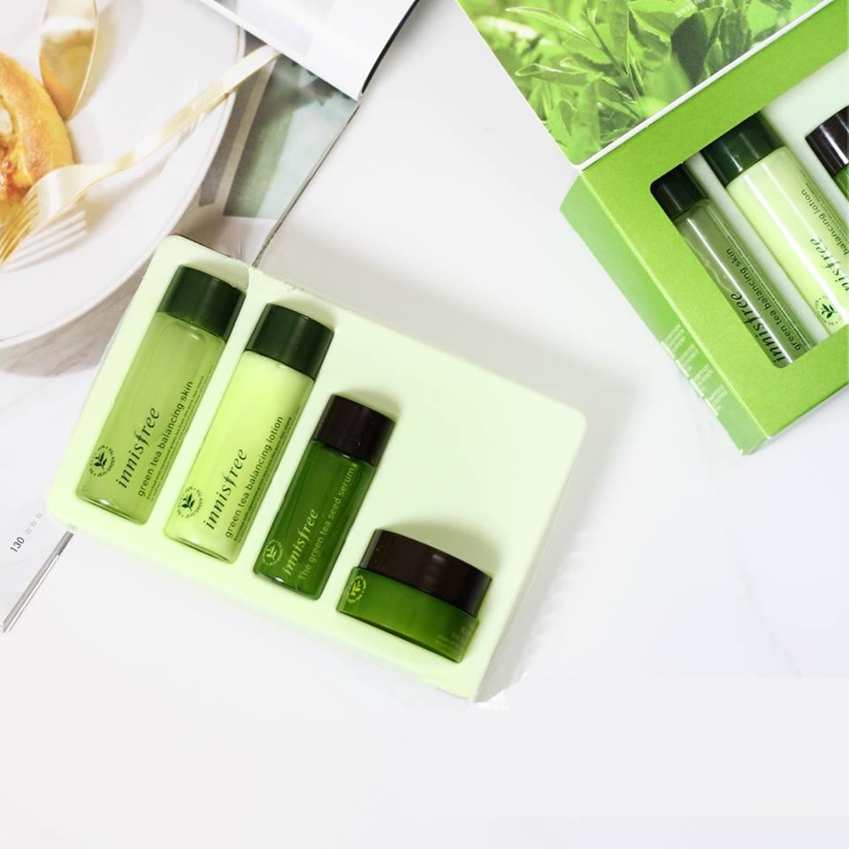 bo-duong-tra-xanh-4-mon-innisfree-green-tea-special-kit-1