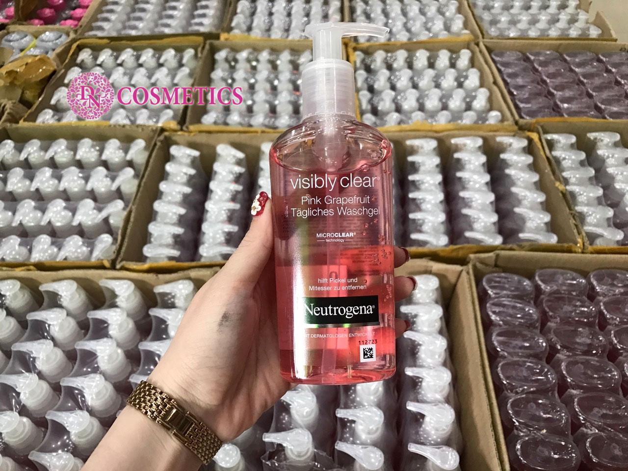 sua-rua-mat-neutrogena-visibly-clear-pink-grapefruit-tagliches-200ml-1