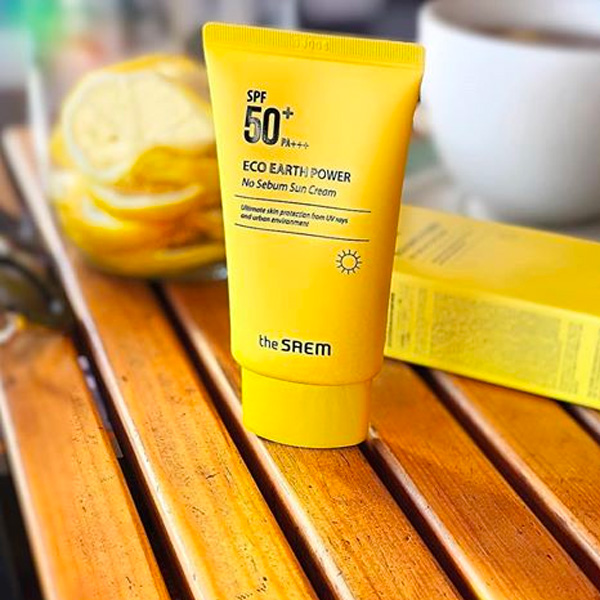 kcn-the-saem-eco-earth-power-light-sun-cream-spf50-mau-vang-2