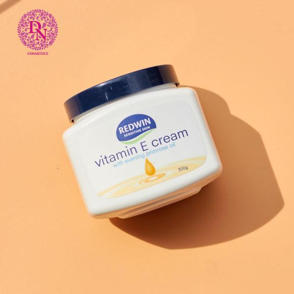 kem-duong-da-redwin-vitamin-e-cream-300g